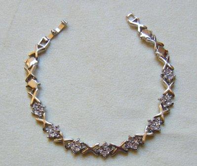 bracciale in metallo e strass
