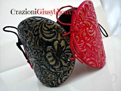 Bracciale texture style barocco in fimo rosso e nero con chiusura laccetti