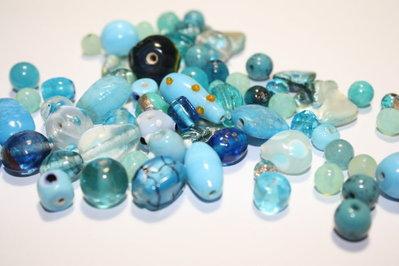 Lotto 1 - mix perline vetro - 60gr + di 60pz