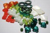 Lotto 16 - mix perline vetro - 70gr + di 60 pz