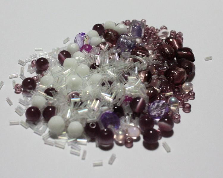 Lotto 17 - mix perline vetro - 70gr + di 70 pz