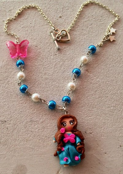 Collana bambolina blu FIMO polymer clay + SCATOLINA REGALO!
