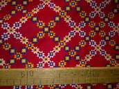 Taglio scampolo stoffa cotone rosso motivo fiori geometrico tipo tirolo montagna vintage anni 70