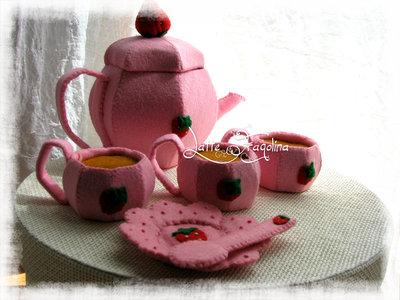 """Giocattolo in feltro """"Set da tè"""" senza dolci - Cibo e alimenti in feltro per bambini  """"tè rimovibile!"""""""