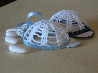 Bomboniera a forma di cappellino per bambino