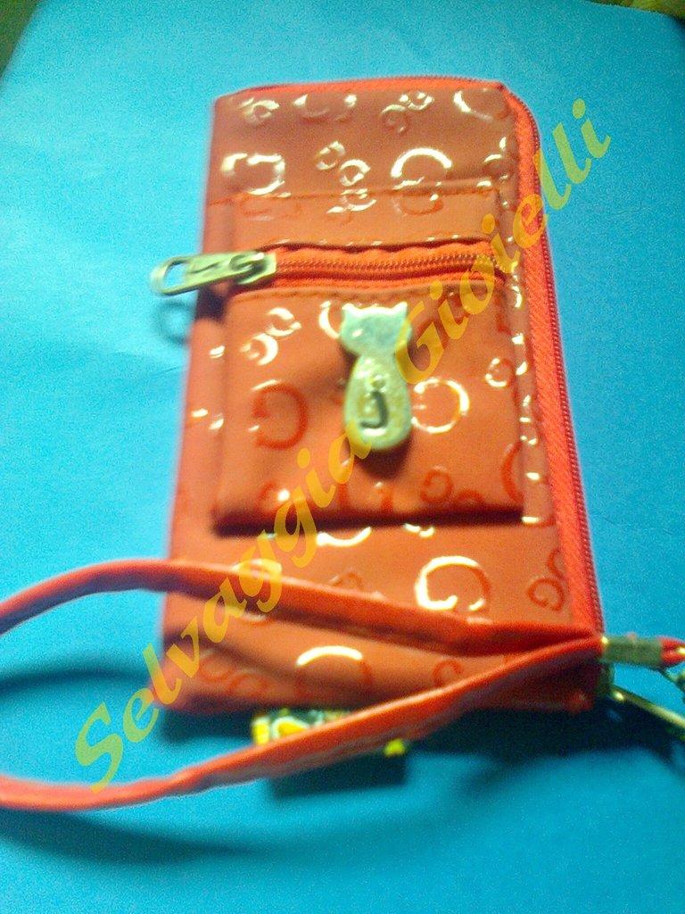 Cover rosso per telefono cellulare