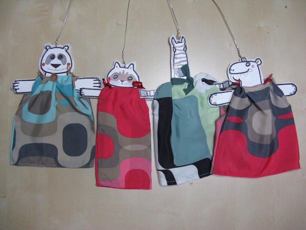 Marionette in legno-animali