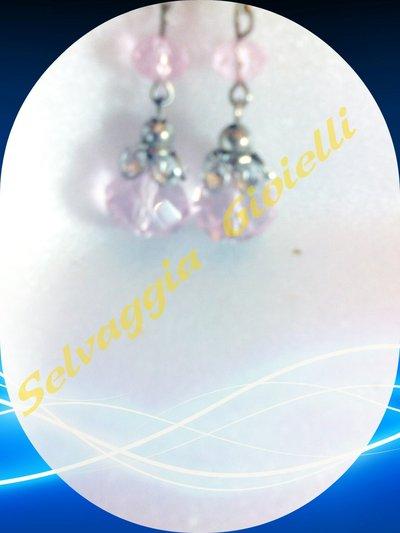 Orecchini in pietra sfaccettata rosa