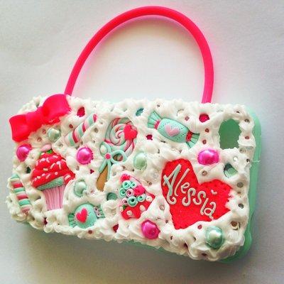 Cover in fimo con dolcetti a borsetta