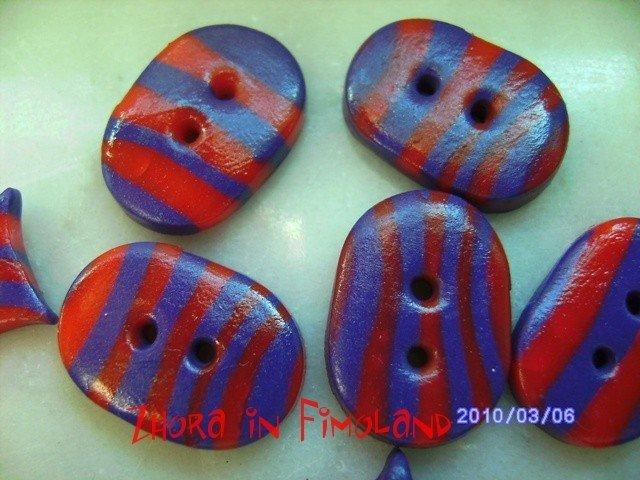Bottoni zebrati viola e rosso (set di 8)