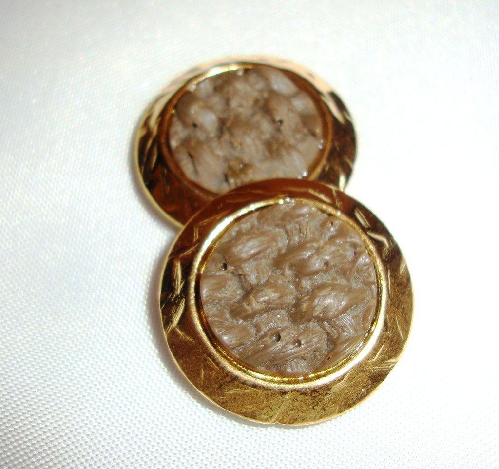 orecchini bottoni cammello!!