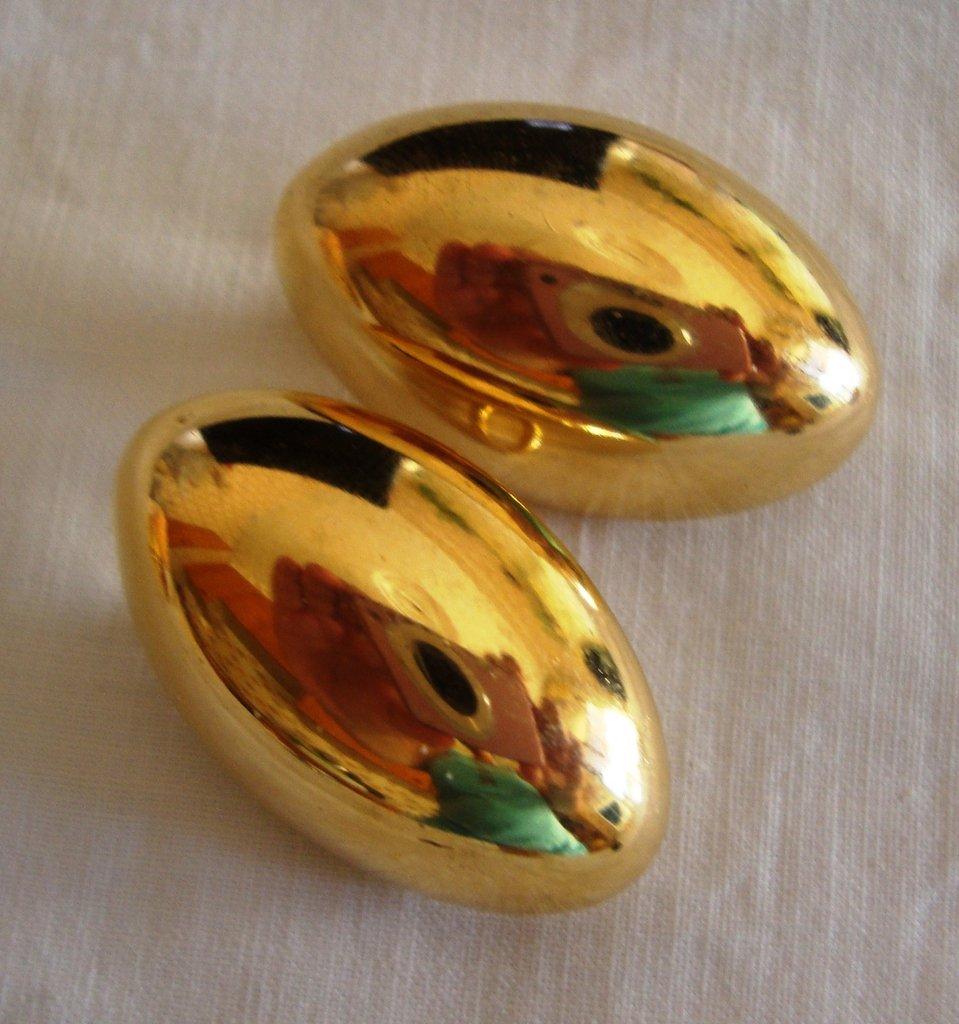 orecchini bottoncino dorato!!!