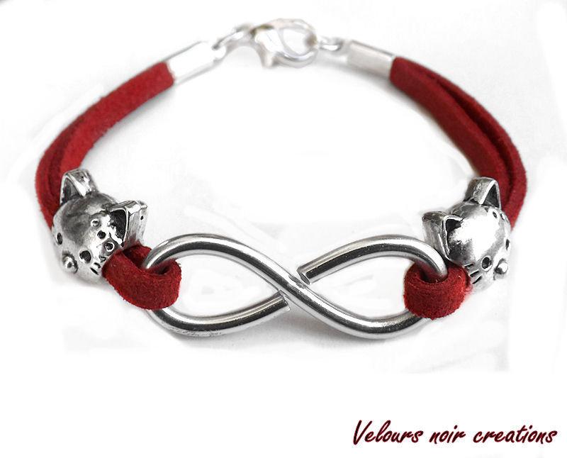 bracciale infinito creato a mano in metallo