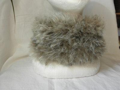 Scaldacollo pelliccia ecologica,beige ,morbido,senza cuciture,accessori donna