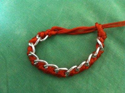 Bracciale in corda e catena
