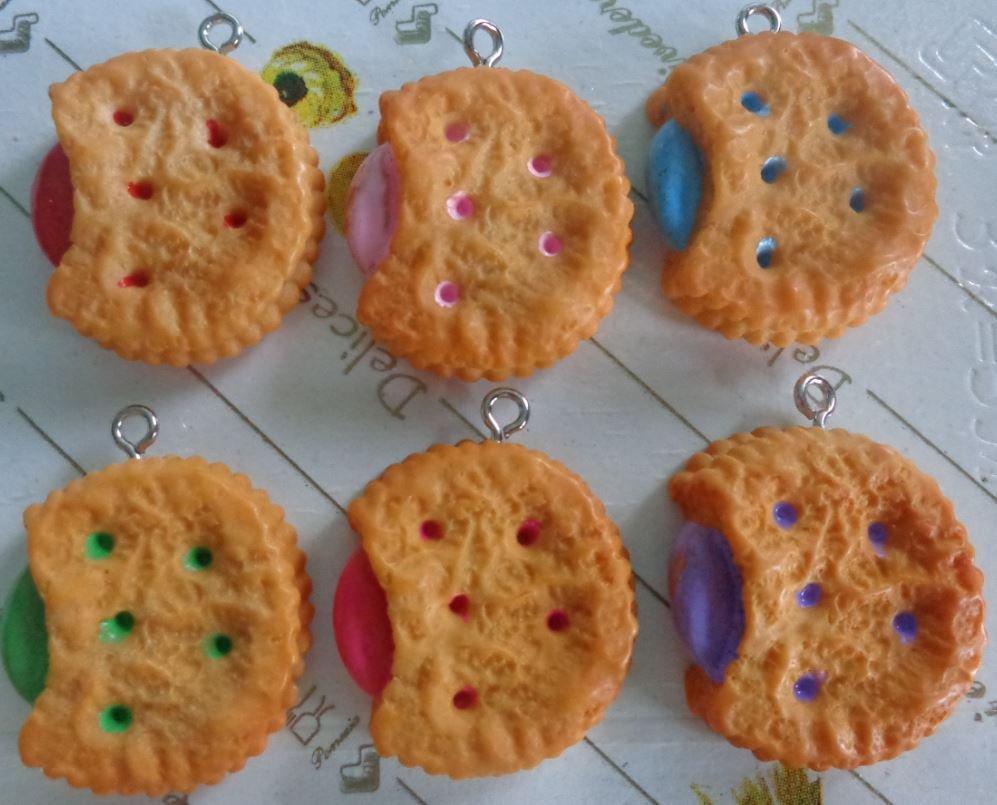 6 Biscotti Farciti in resina 6 GUSTI