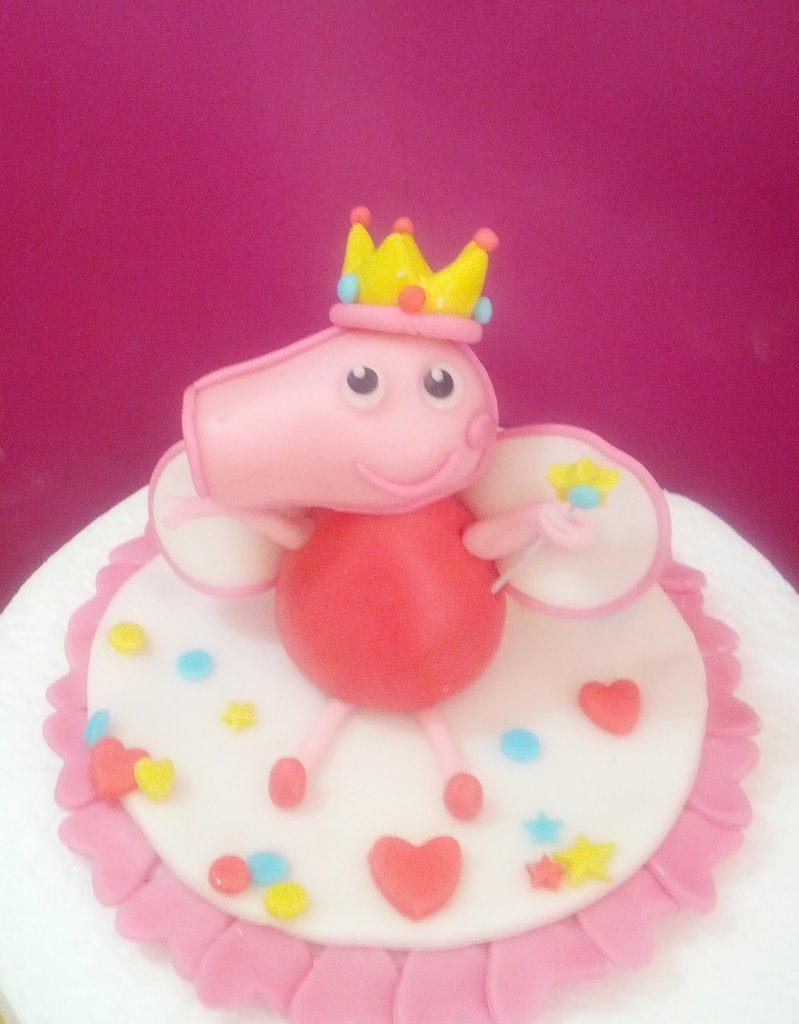 Peppa Pig Topper Cake in Pasta di Zucchero realizzata a mano
