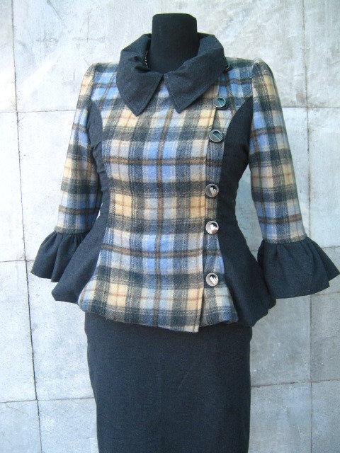 Cappotto della signora elegante abito