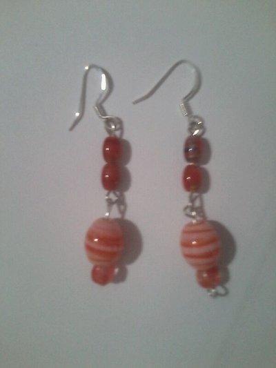 Orecchini con perle pendenti arancioni