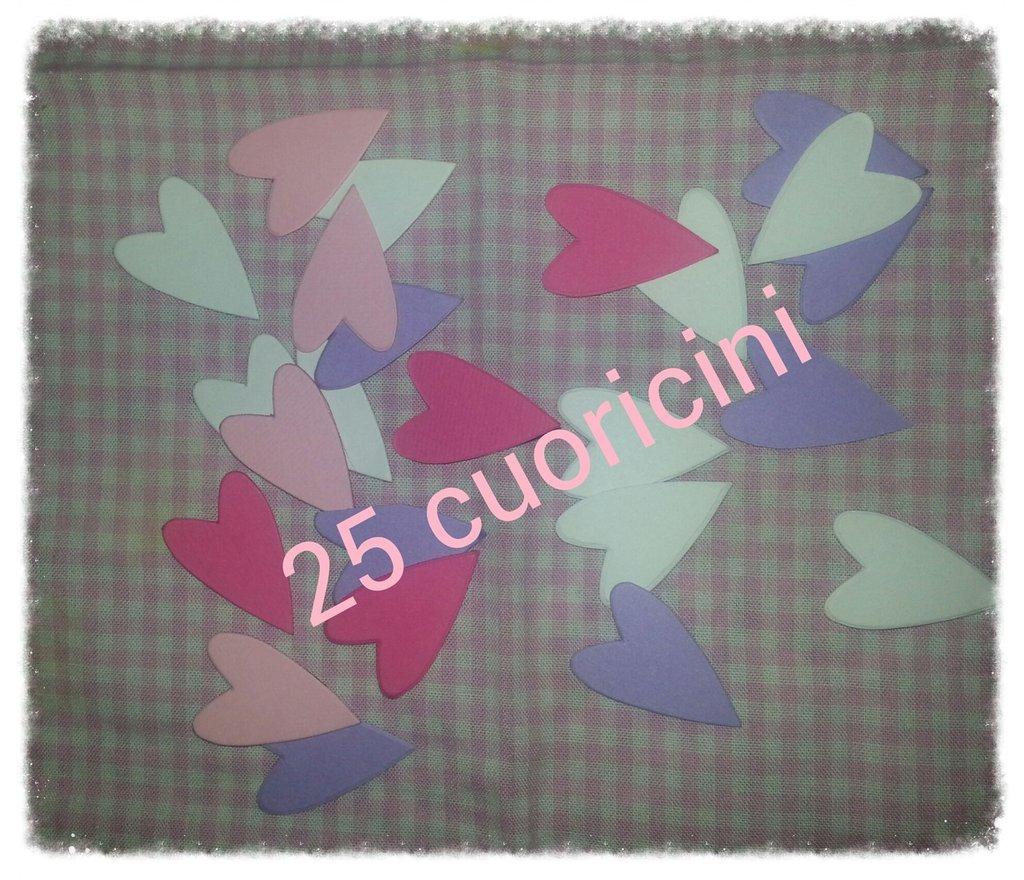 25 cuoricini in cartoncino