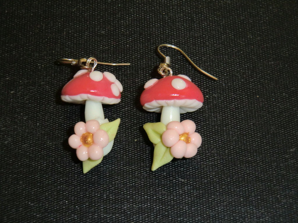 orecchini fungo
