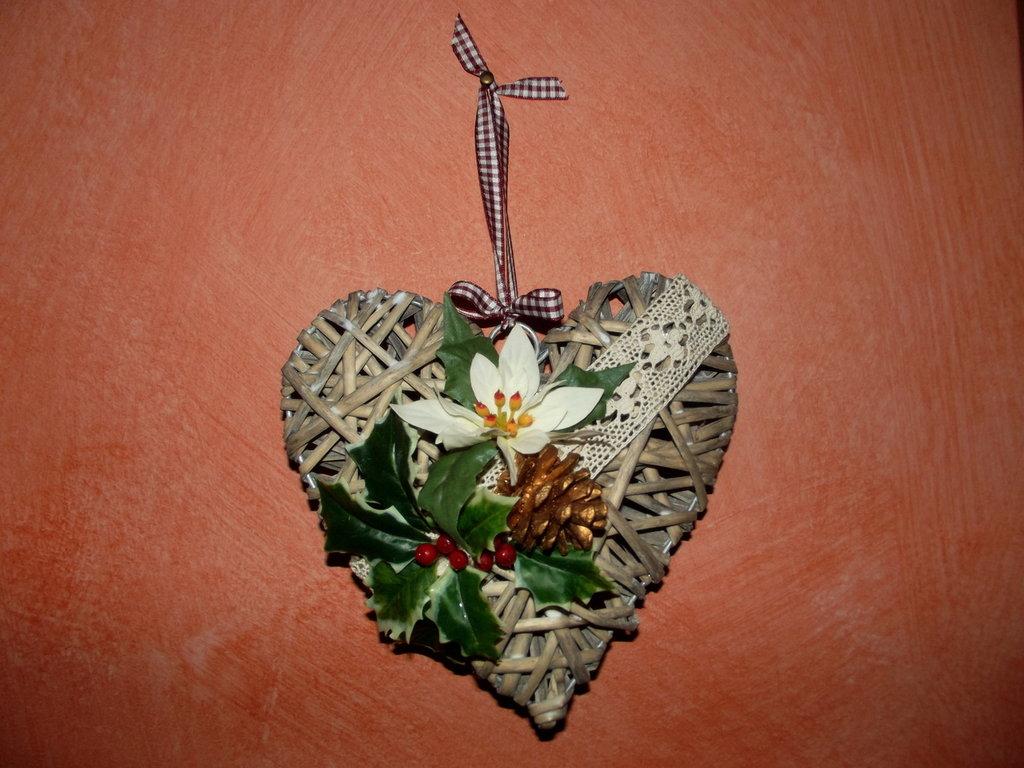 cuore vimini intrecciato natalizio