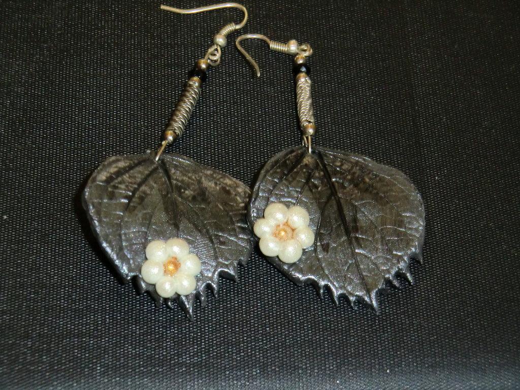 orecchini foglia