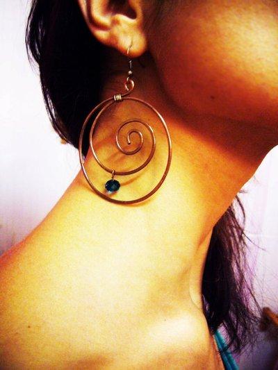 orecchini cerchio spirale feltro
