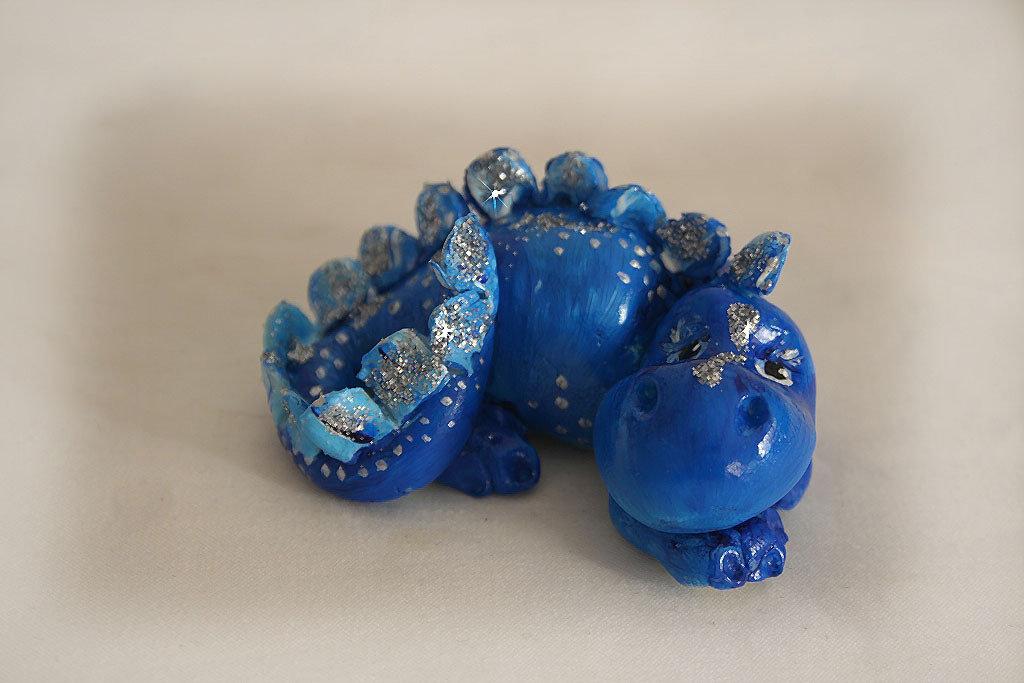 """""""Dragotto"""" portafortuna colore Blu e Argento"""