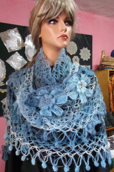 scialle di lana, fatto a mano