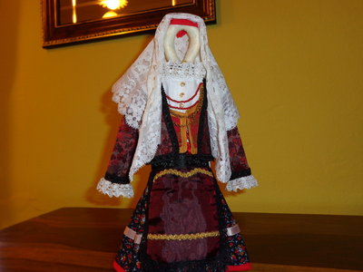 costume sardo in miniatura