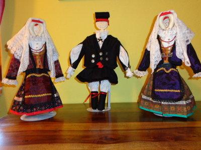 costume sardo in miniatura