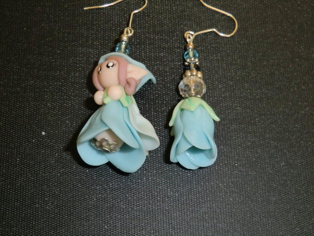 orecchini fate dei fiori