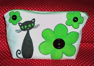Astuccio/pochette porta trucchi con gattino e fiori
