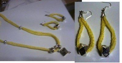 completo giallo collana e orecchini tricotin