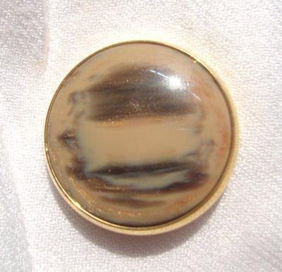 anello bottone beige e dotato!!!