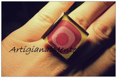 Anello vintage in resina