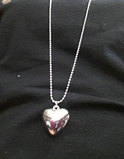 collana cuore di metallo