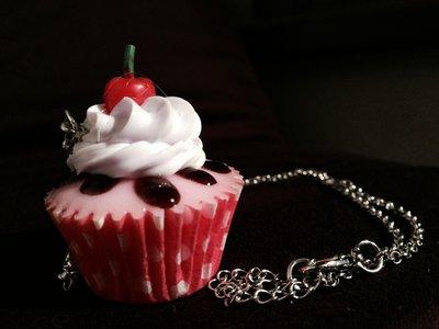 Collana con Ciondolo Cake Dolce Offerta