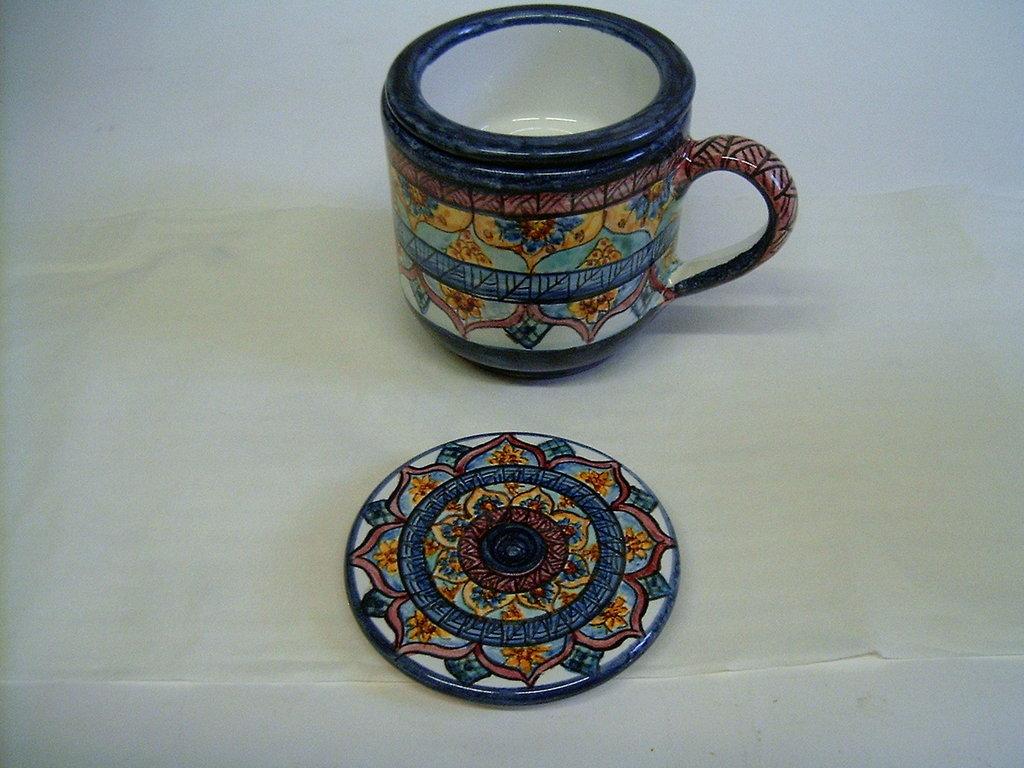 Tisaniera In maiolica.Decorata a mano,Decoro Geo/Floris