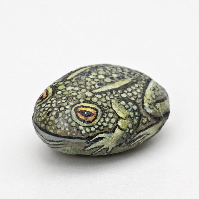 Dipinto su pietra - ROSPO, RANA - Opera d'arte - Fermacarte - Idea regalo