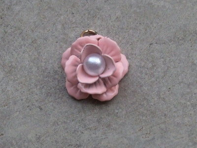 1 charm rosellina con perlina
