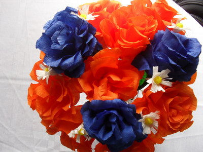 bouquet di rose blu e arancio