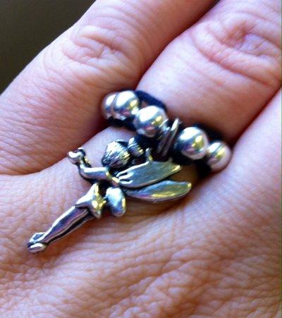 anello con perline charms