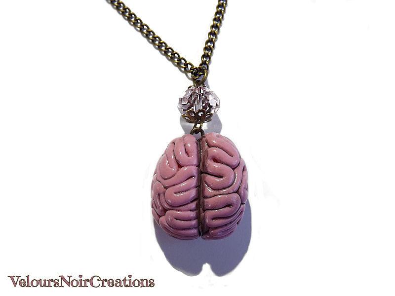 collana lunga con ciondolo cervello umano anatomico in fimo catenina in bronzo