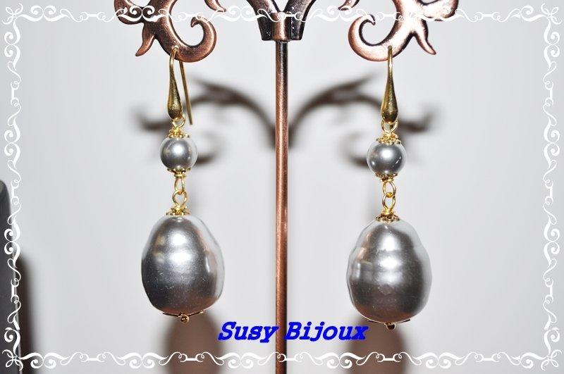 Orecchini in argento 925 e perle barocche grigie