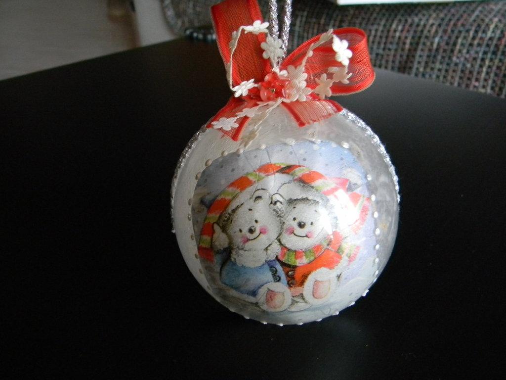 Palle natalizie con orsetti