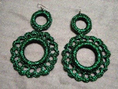 orecchini color verde, di filo laminato