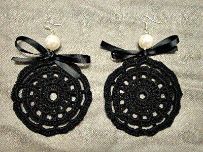 orecchini neri con fiocco e perlina