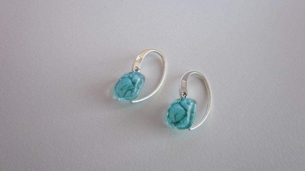 orecchino artigianale di vetro, gancio, 925, azzurro , appendere orecchino, fondendo